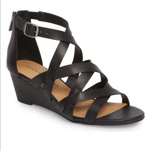 🆕 Lucky Brand Jewellia Strappy Black Wedge Sandal